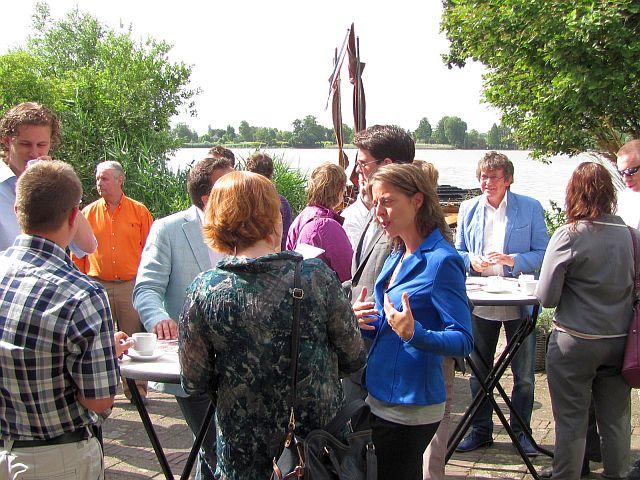 Het terras kunt u ook gebruiken wanneer u onze vergaderruimte huurt in Reeuwijk