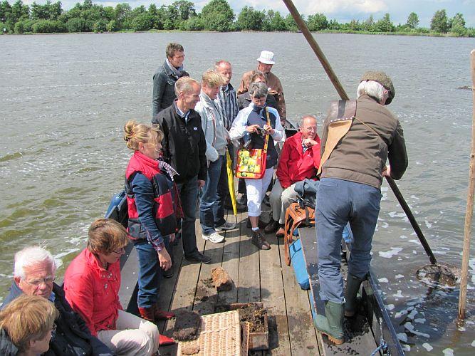 Wanneer u onze accommodatie boekt, kunt u genieten van het water van de Reeuwijkse plassen