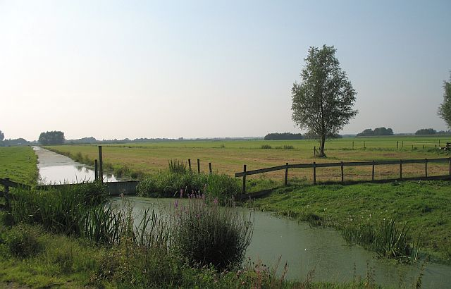 Our first weekend will be spent at Accommodation De Rotende Turf, 60 kilometers southwest of Amsterdam near Gouda.